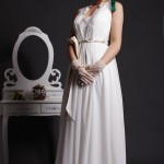 Goddess - V-neckline & Sleeveless with Floral Lace Edge