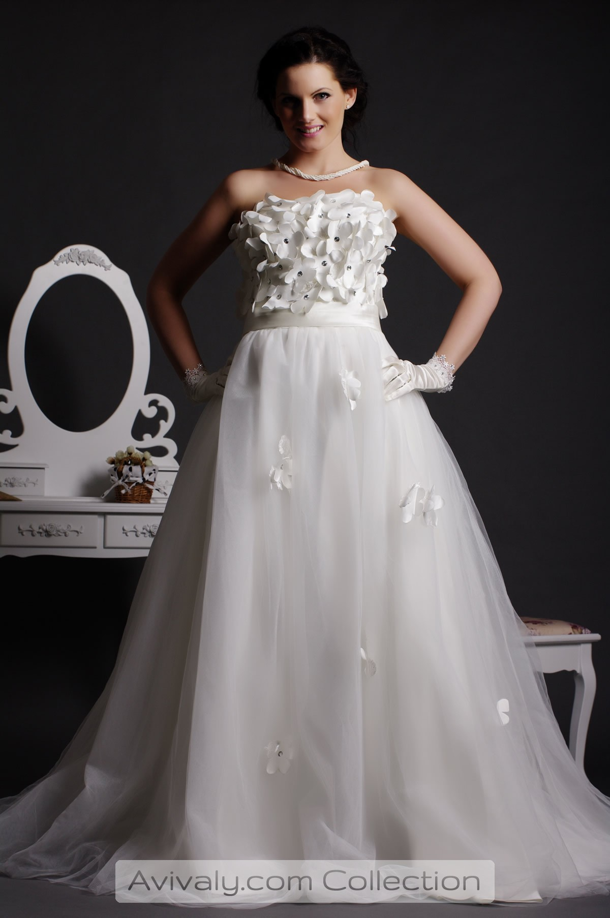 Petal - Strapless Sweetheart Floor Length Tulle Gown with Flowers