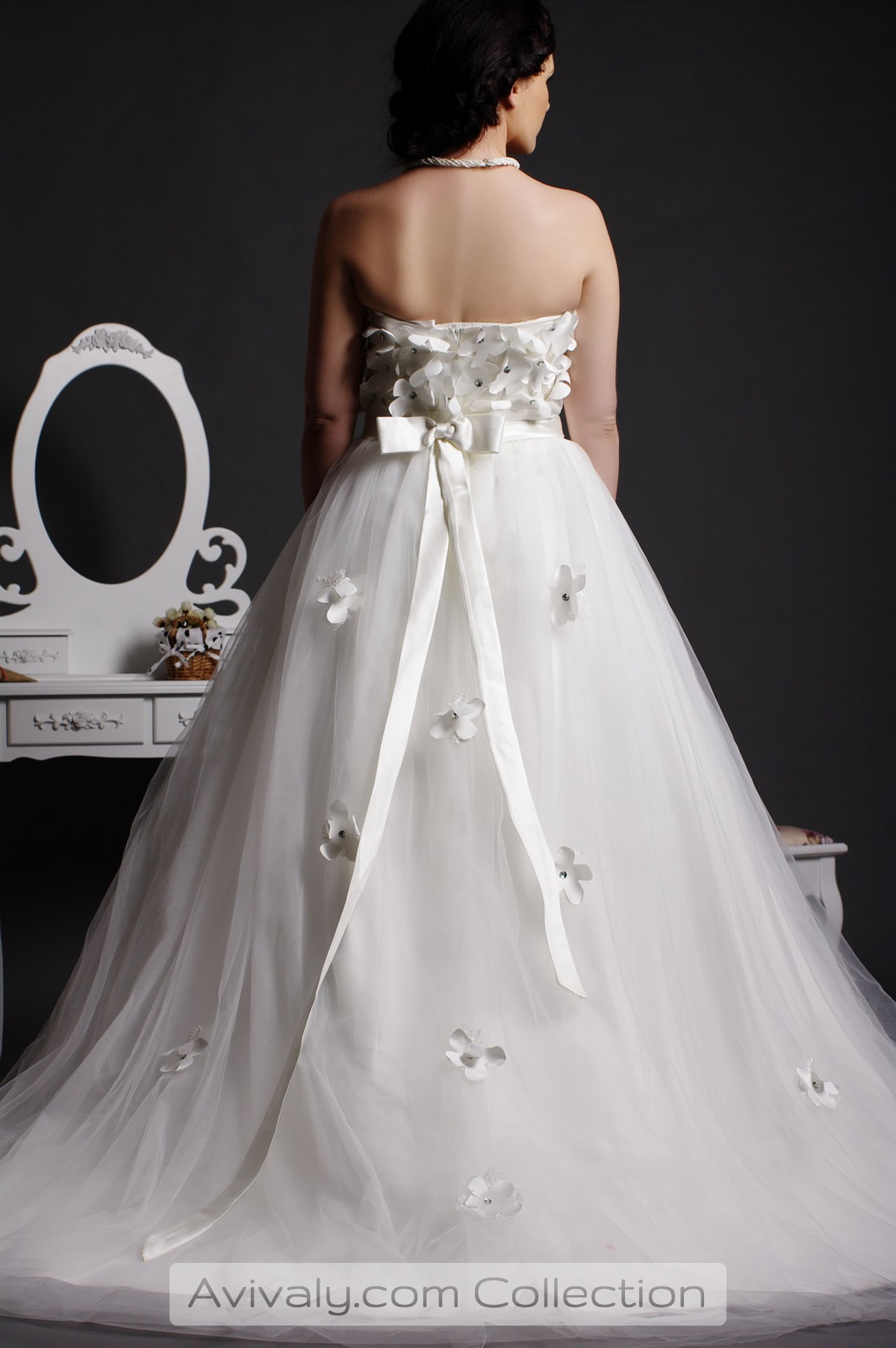 Petal - Backless, Sash Tied a Bowknot with Drapes, Flowers Sattered over Skirt