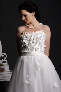 Petal - Flowers with Crystals on Center Shape the Bodice