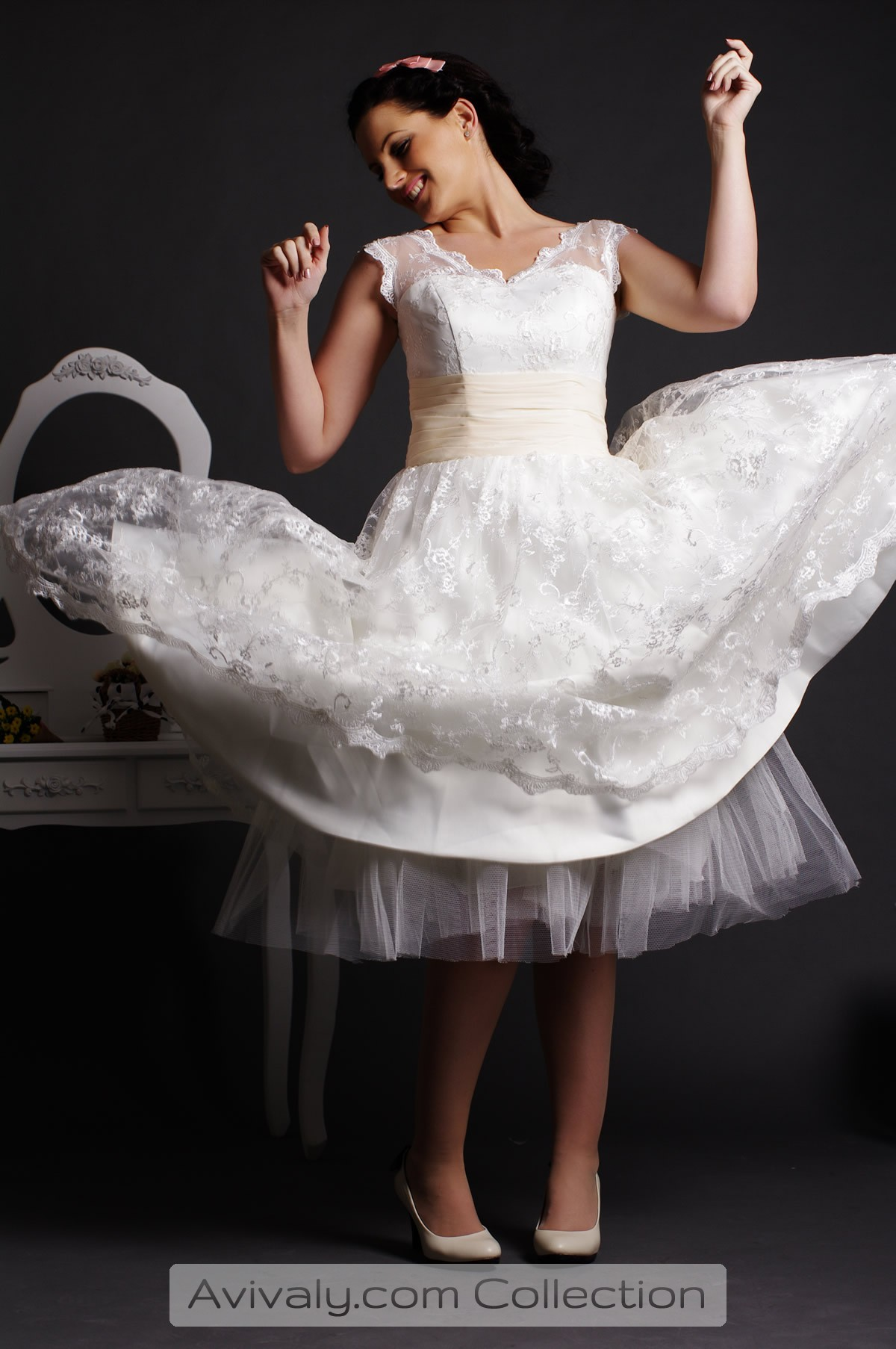 Willow - Ball Gown Skirt in Layered with Built-in Crinoline