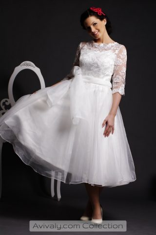 Winnie - Floral Lace Bodice Flares to Organza Pleated Skirt
