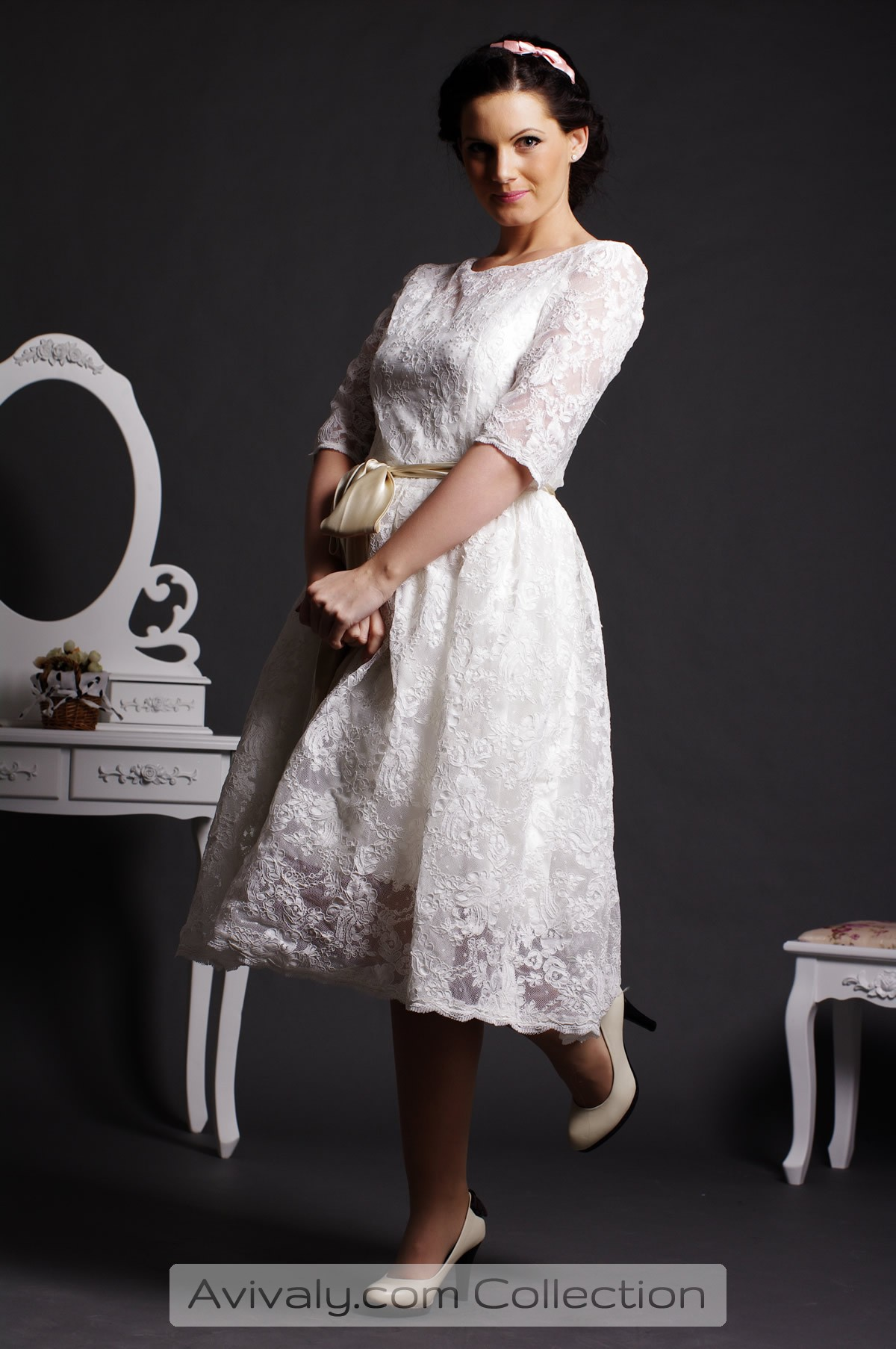 Zaza - Satin Lined Lace Tea Length Wedding Dress