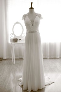 Column figure pleated and laced bridal gown