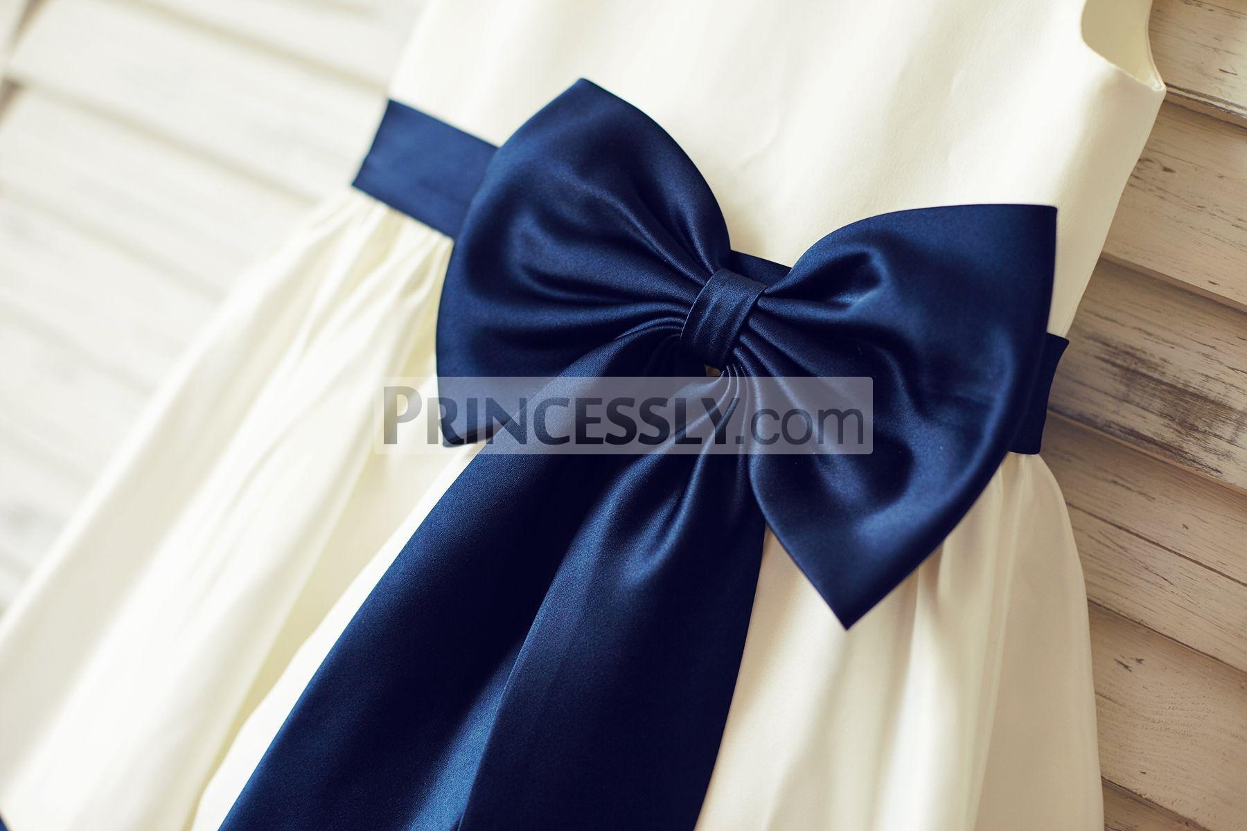 Stylized Navy Blue Bow