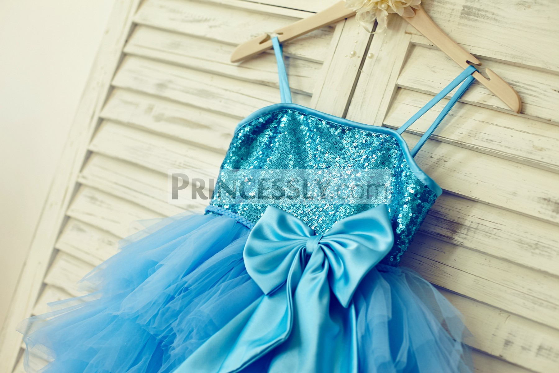 Spaghetti straps blue sequins satin bodice with a big bow