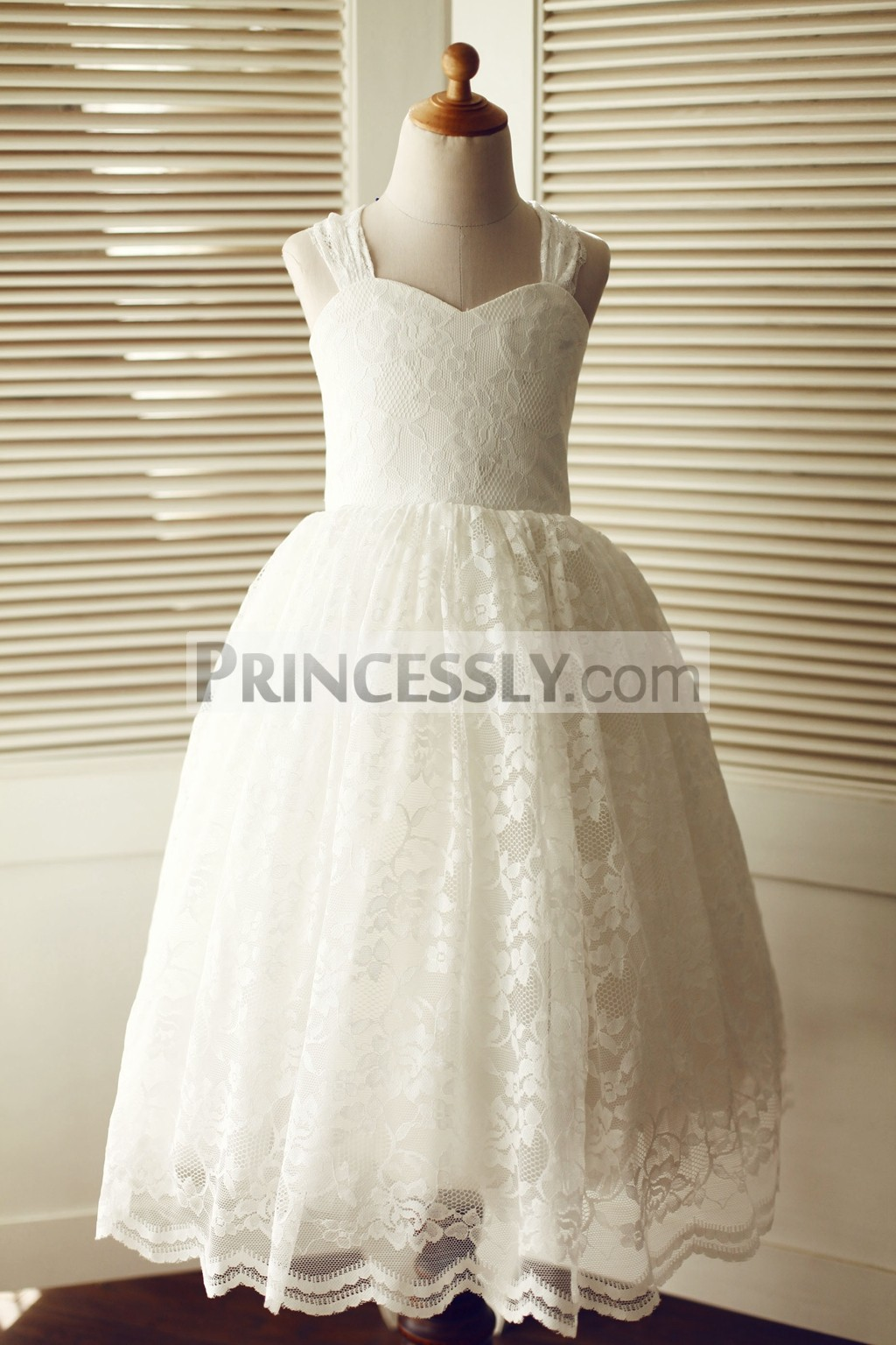 Sweetheart Straps Backless Ivory Lace Wedding Flower Girl Dress