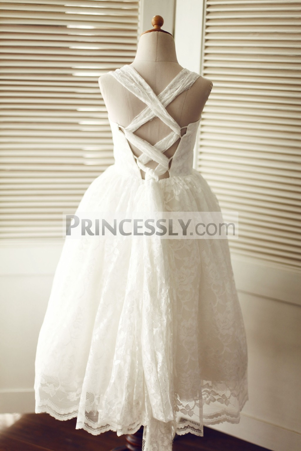 Sweetheart straps backless ivory lace wedding flower girl for Lace flower wedding dress