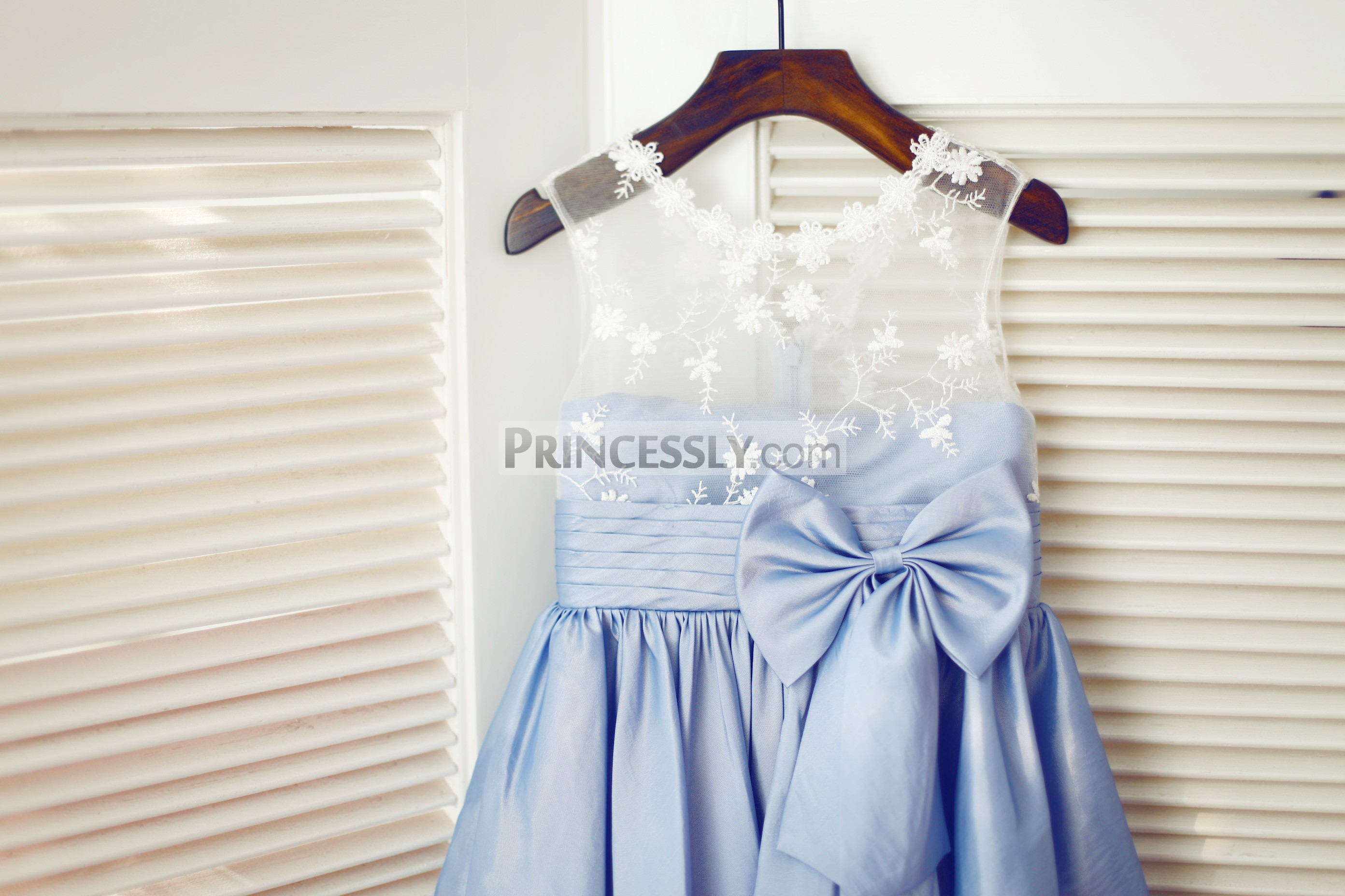 Sheer lace bodice with handmade bow
