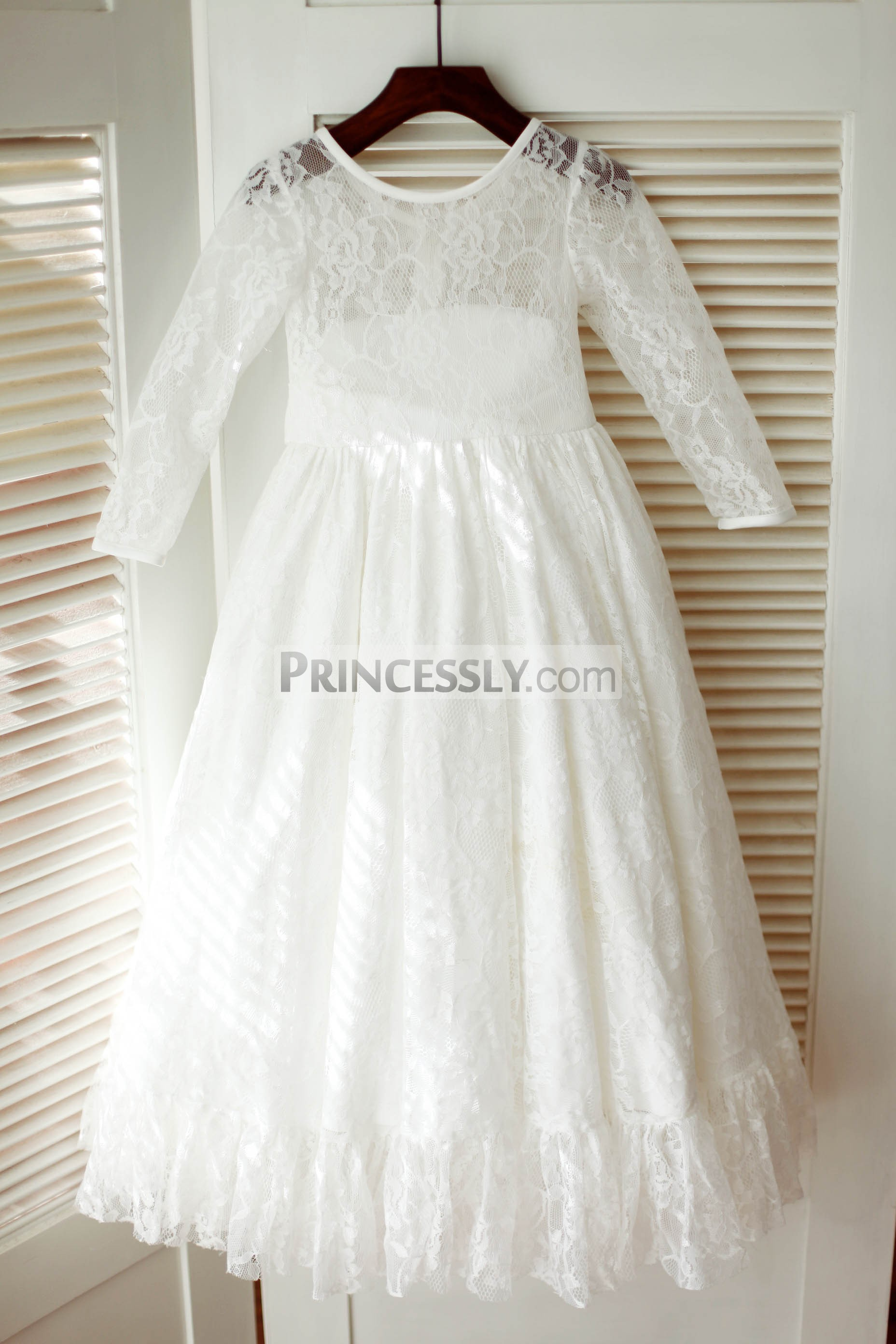Ivory Lace Long Sleeves Flower Girl Dress With Flounce Hem