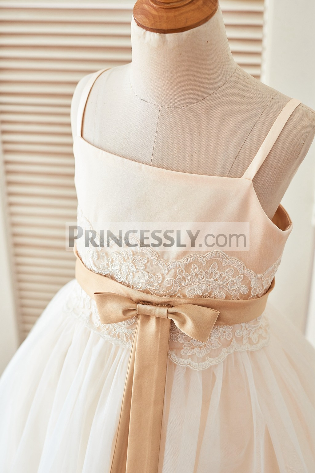 Satin bodice with lace and champagne belt and bow