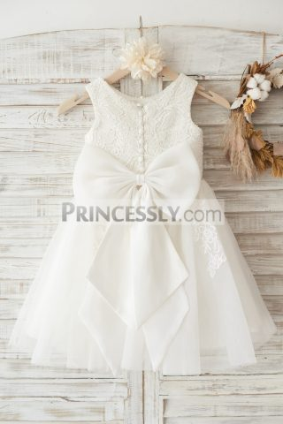Princessly.com-K1003452-Ivory-Lace-Tulle-Wedding-Flower-Girl-Dress-with-Big-Bow-32