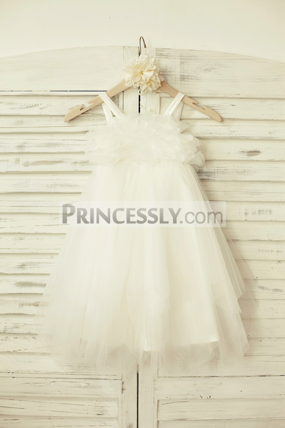 Thin straps ivory tulle uneven skirt flower girl dress