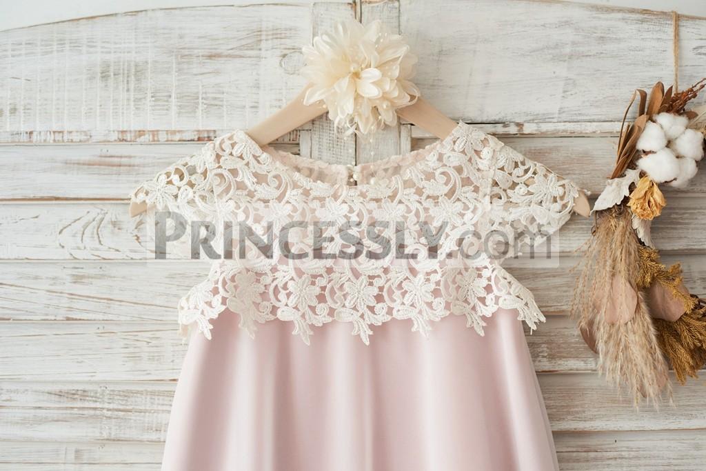 Crochet ivory lace top with cap sleeves