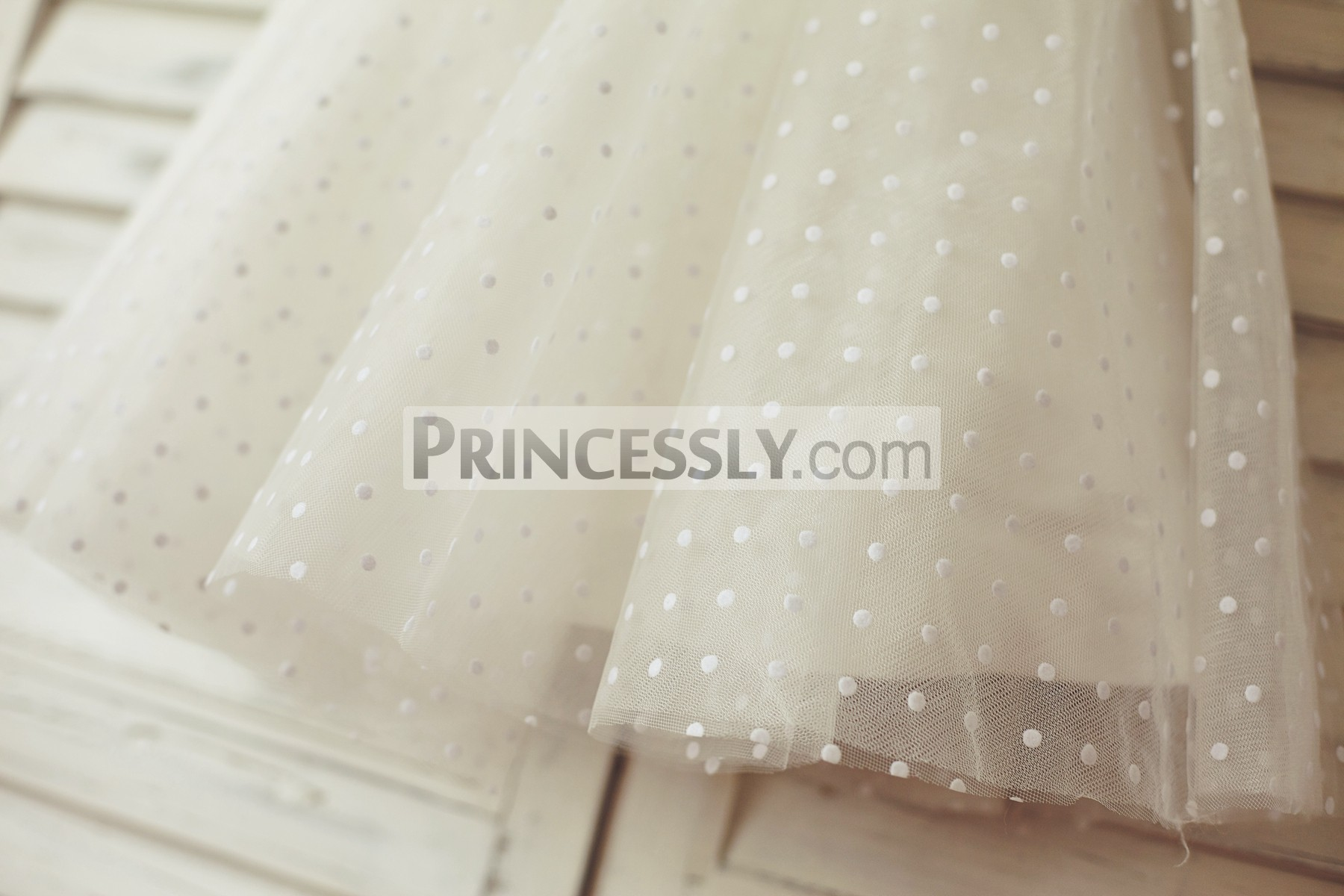 Dotted tulle skirt