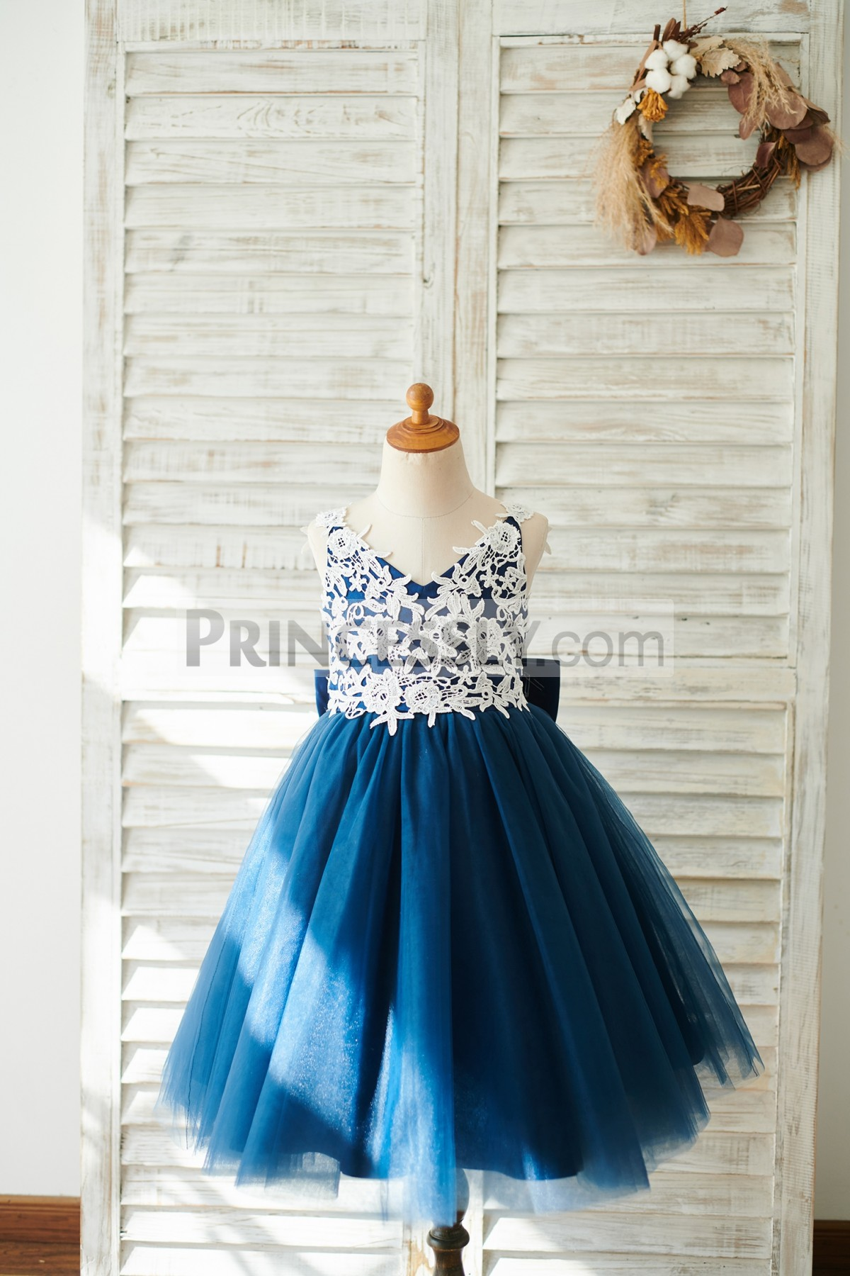 Ivory Lace Appliques Navy Blue Tulle Wedding Little Girl Dress