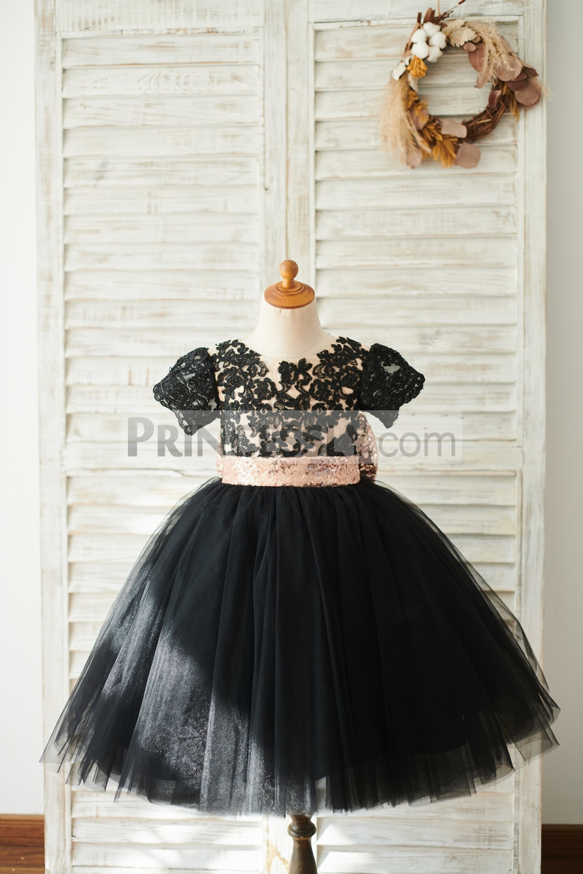 Scoop Neck Short Sleeves Ball Gown Flower Girl Dress