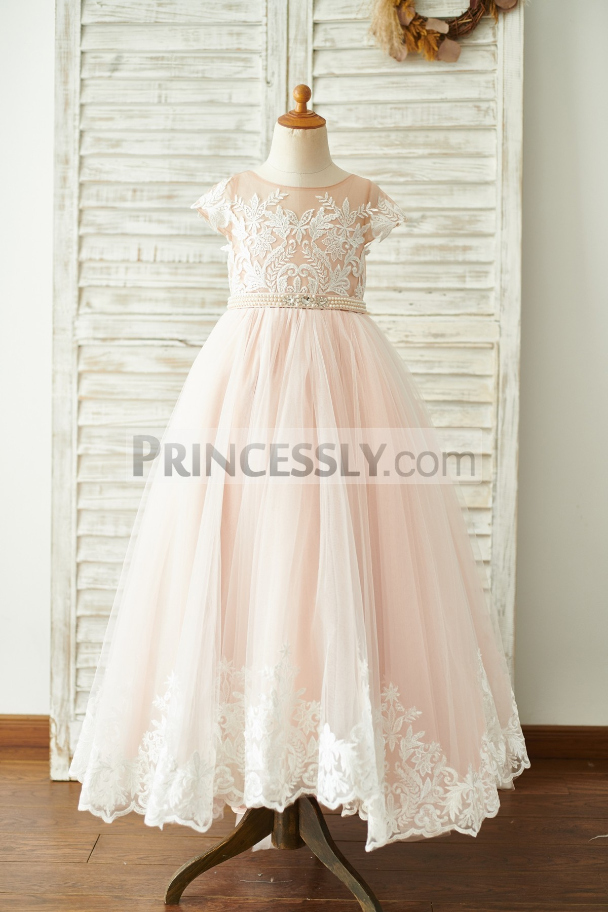 Cap Sleeves Scoop Neck Lace Tulle Flower Girl Dress