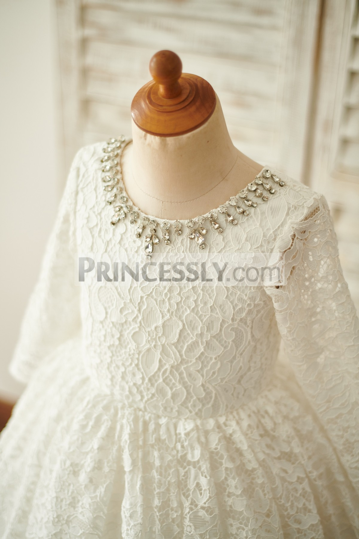 Crystals Scoop Neck Long Sleeves Bodice