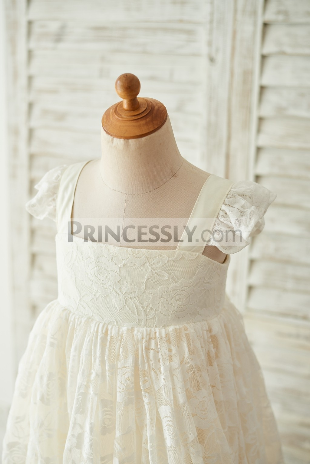 Square Neck Ruffles Cap Sleeves Lace Bodice