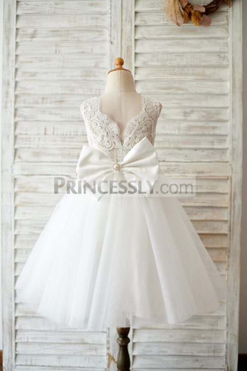 Princessly.com-K1003811-Princess-V-Back-Ivory-Lace-Tulle-Wedding-Flower-Girl-Dress-with-Big-Bow-32