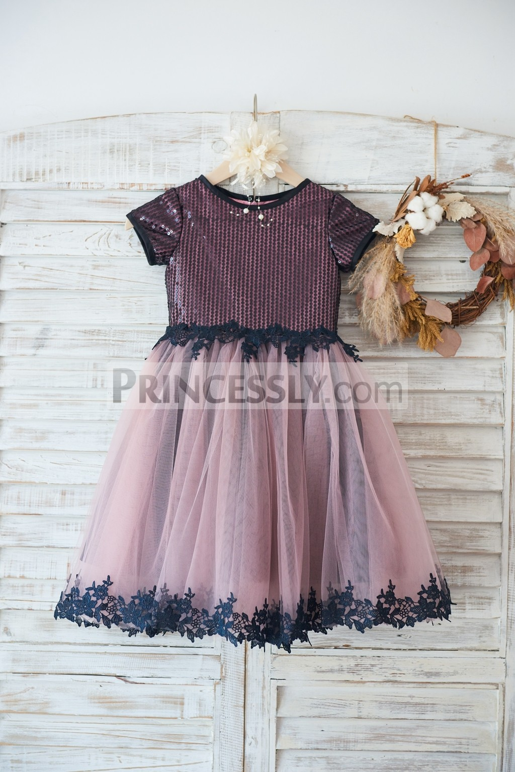 Black sequined short sleeves mauve lining tulle flower girl dress