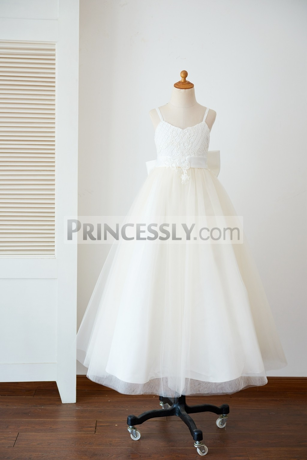 Open V neck check pattern lace champagne tulle wedding little girl gown