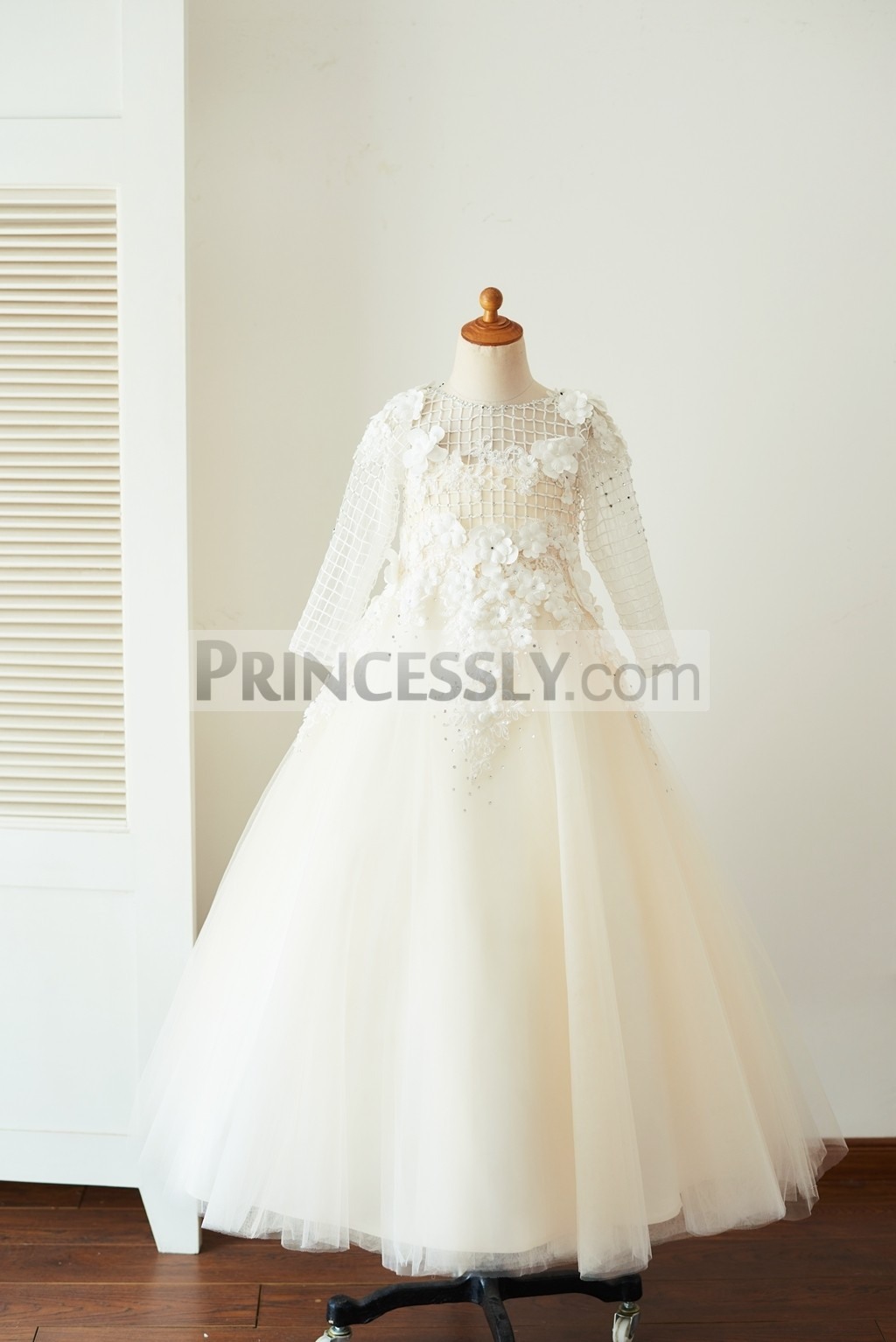 Long sleeves check pattern organza champagne tulle flower girl dress