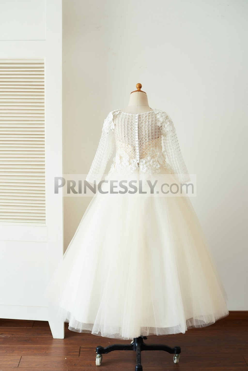 Buttoned back floor length wedding baby girl dress