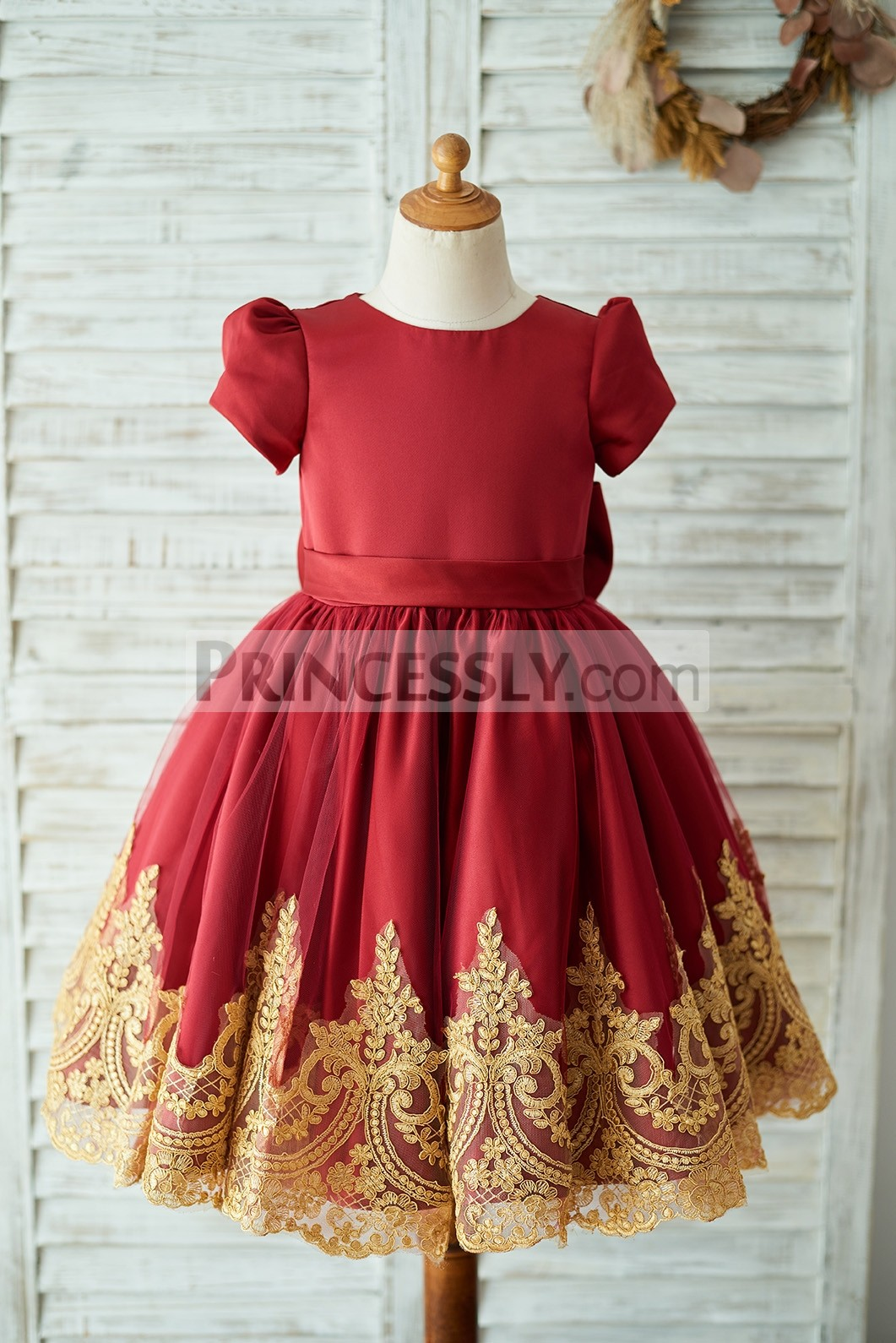 Vintage puffy short sleeves red satin tulle flower girl dress