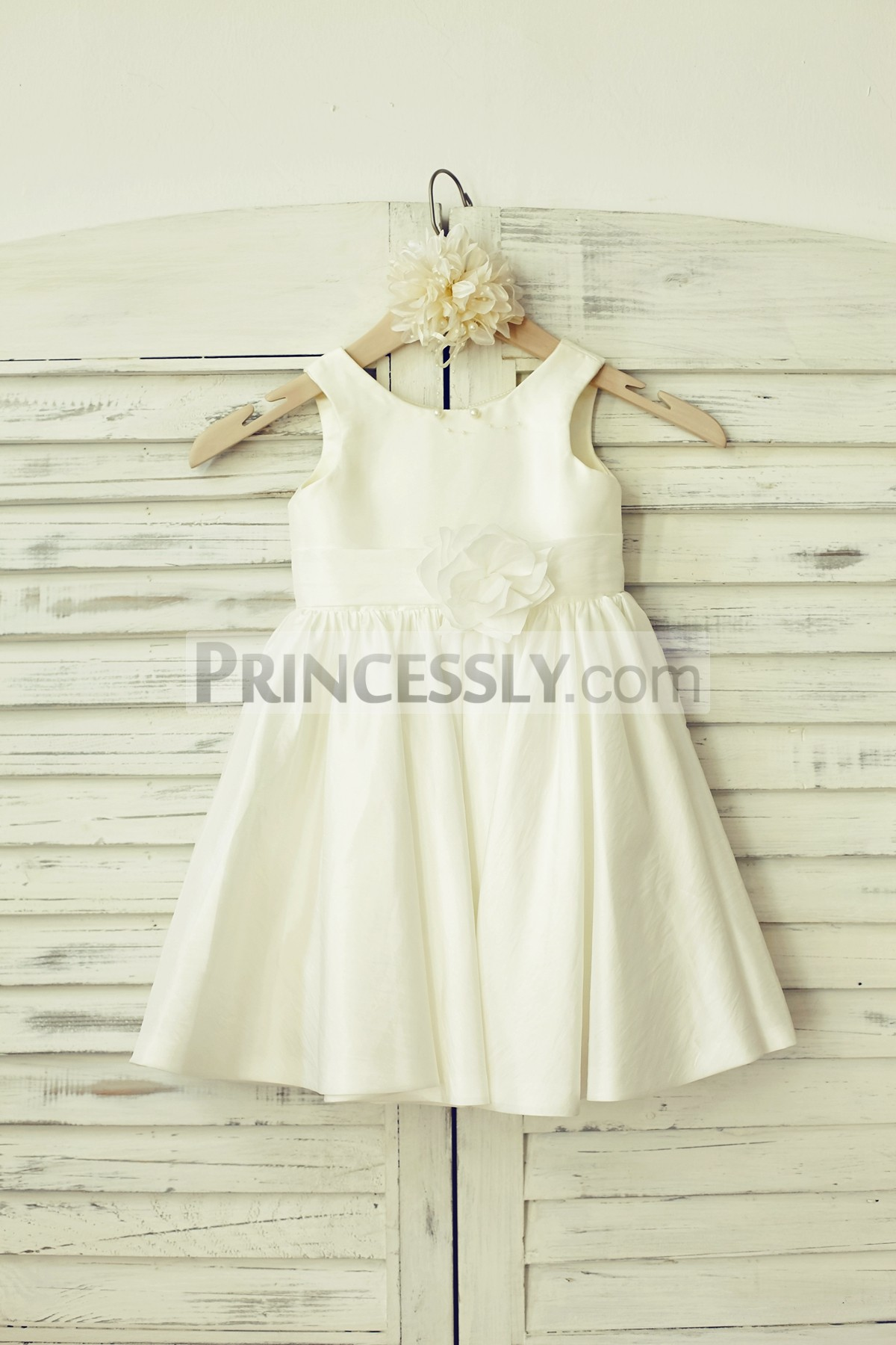 Ivory taffeta flower girl dress