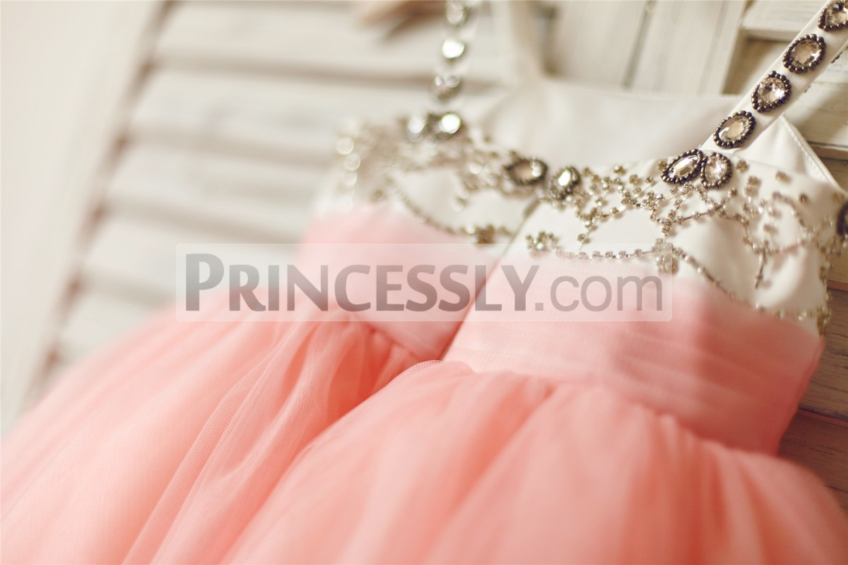 Pleated pink tulle waistband