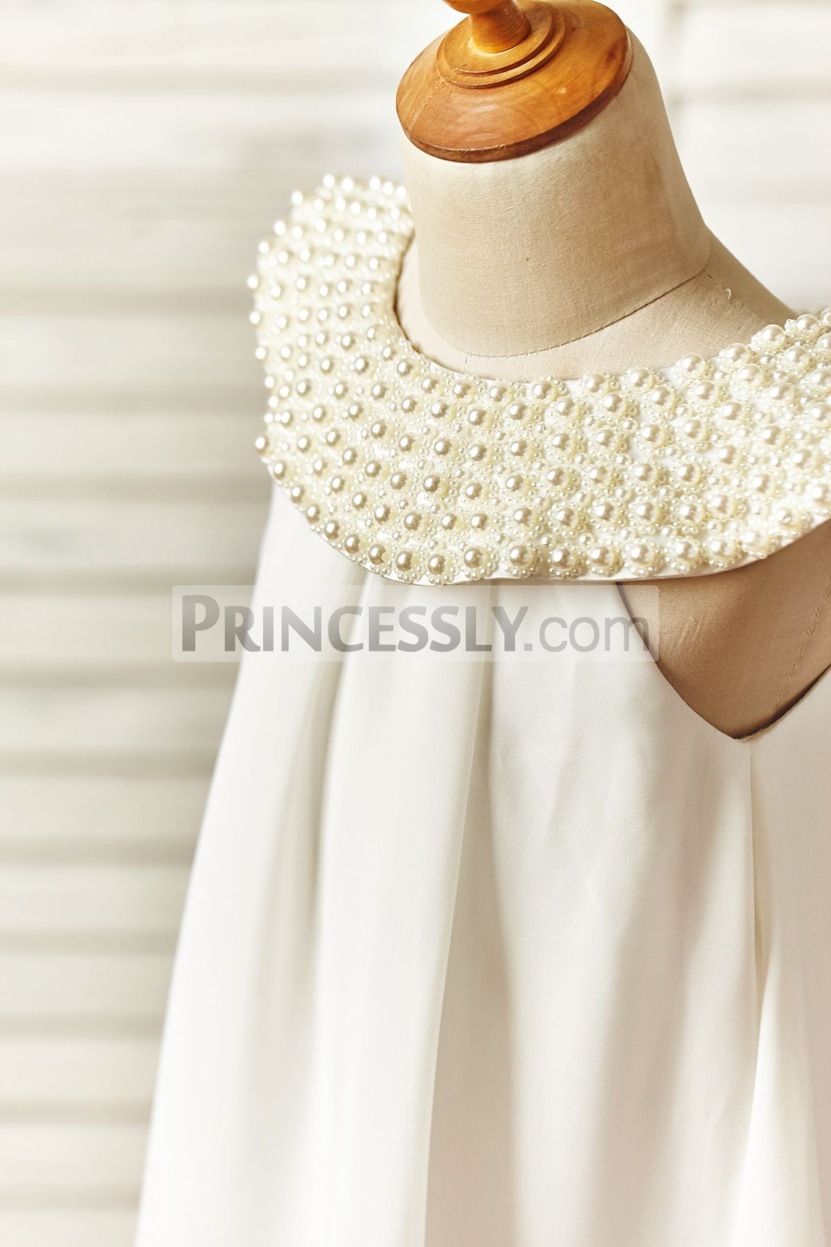 Pearled neckline