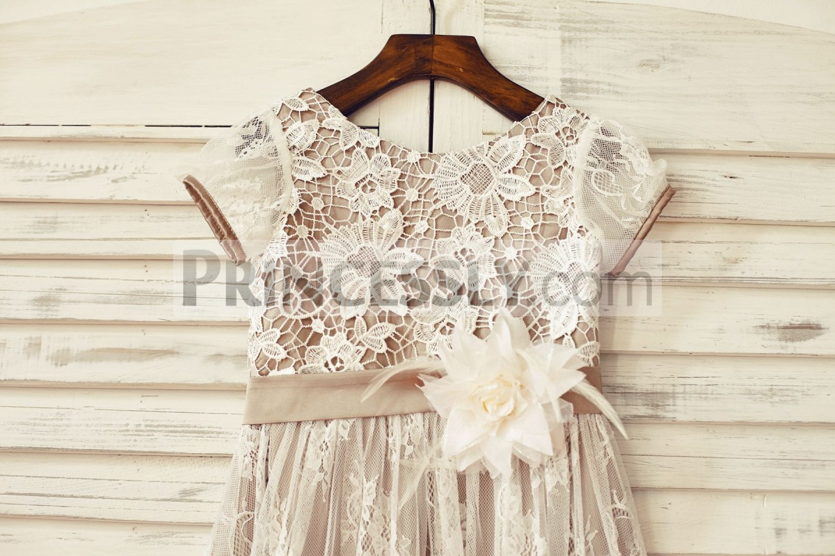 Lace short sleeves & scoop neck bodice with belt