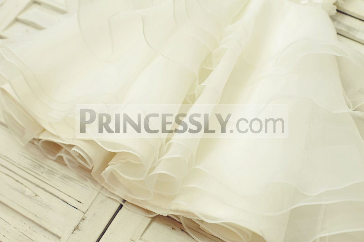 Ivory organza skirt in cupcake style