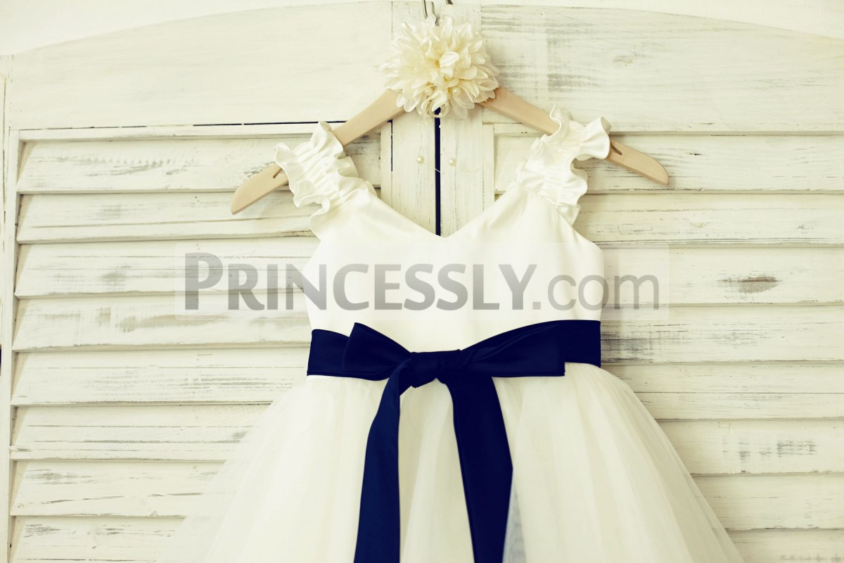 Detachable navy blue sash