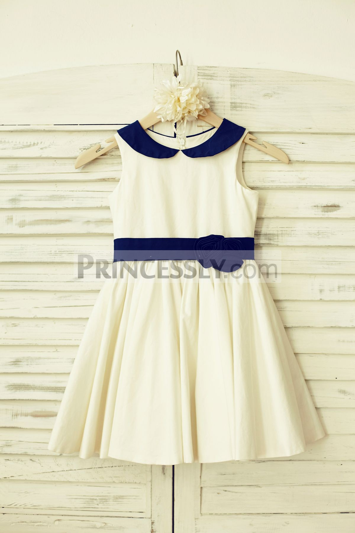 Peter pan collar ivory cotton flower girl dress