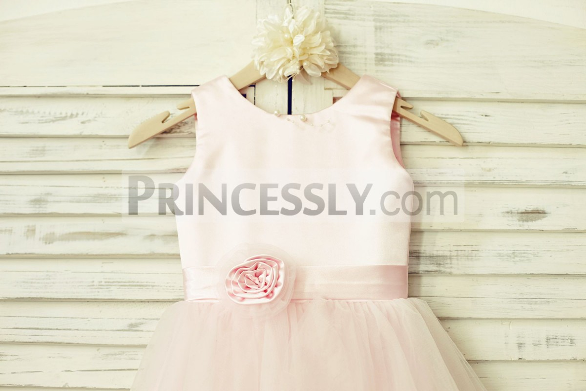 Scoop neck sleeveless pink satin bodice with belt