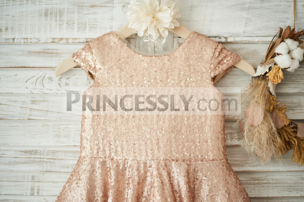 Scoop neck, cap sleeves champagne sequined bodice