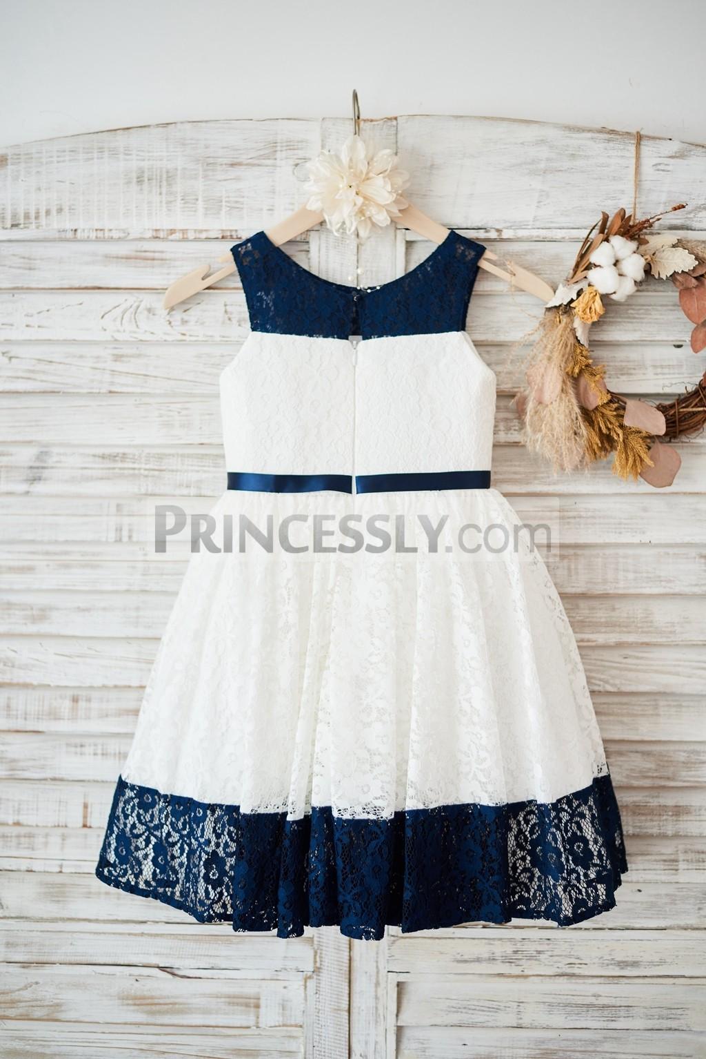 Scoop neck, sleeveless lace wedding baby girl dress