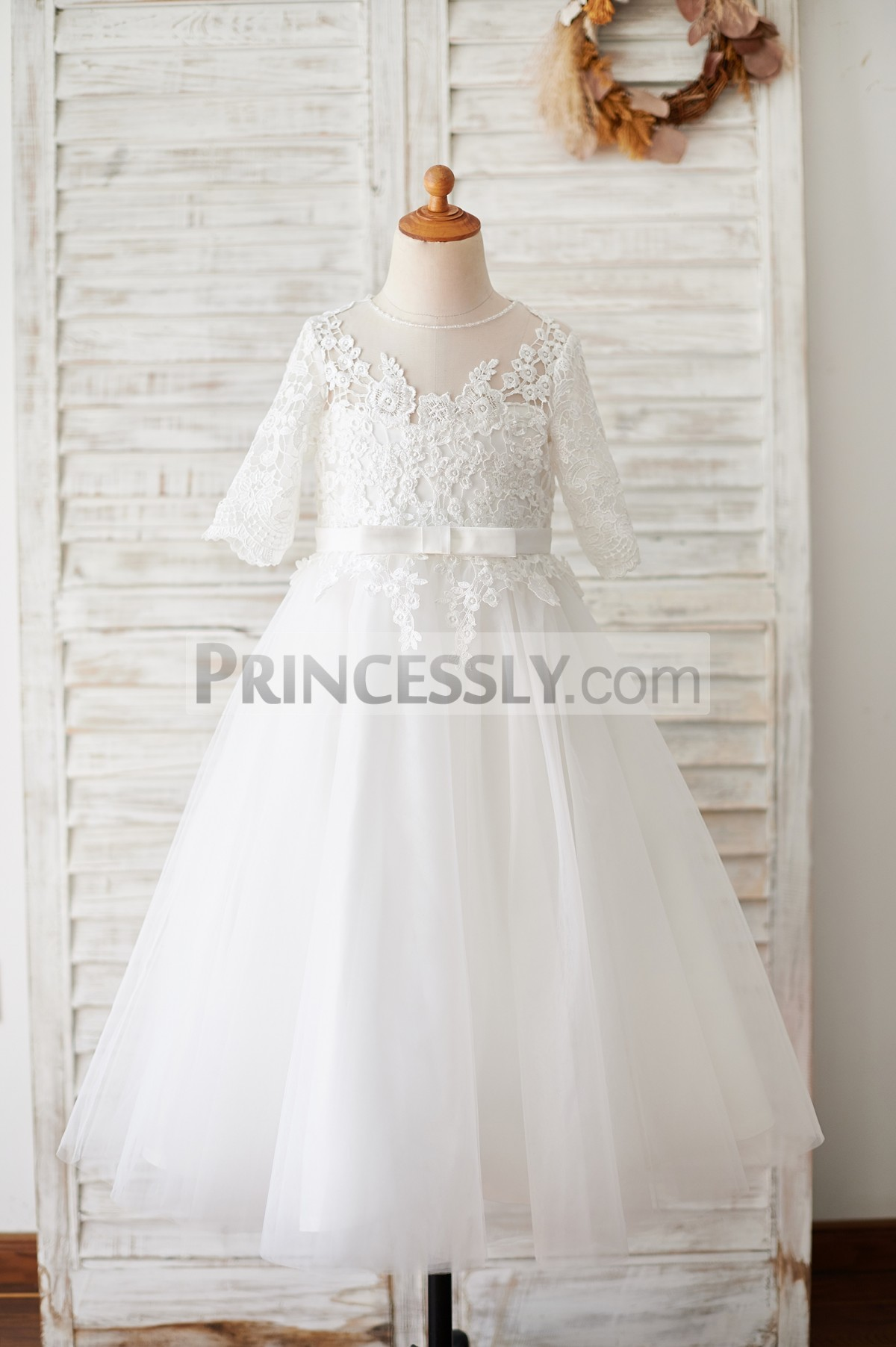 Elbow sleeves lace tulle flower girl dress