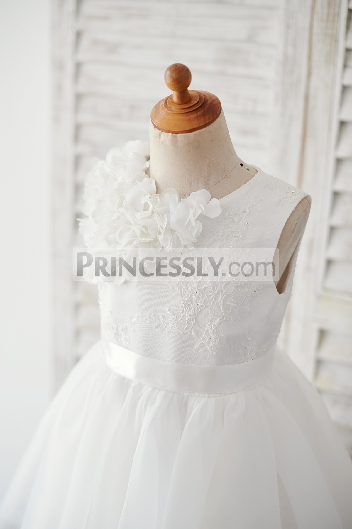 Ivory lace bodice with handmade flowers & belt