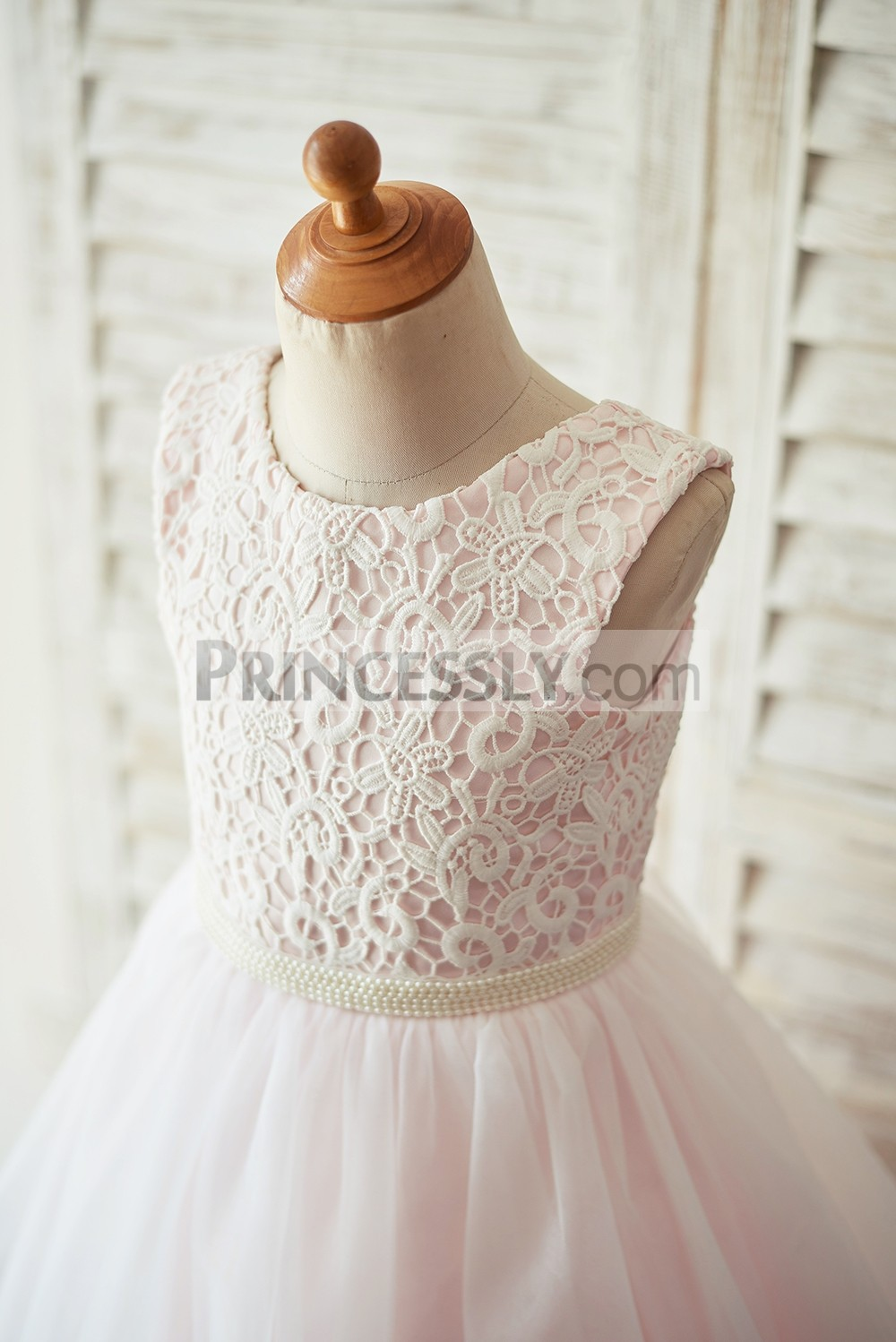 Ivory lace pink lining bodice in jewel neckline, sleeveless